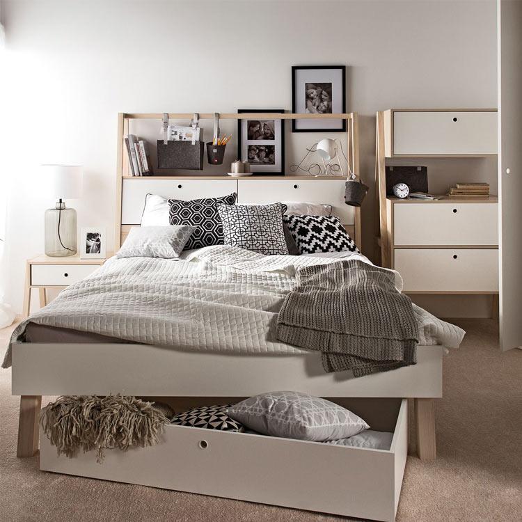 Кровать двуспальная с ящиками в изголовье