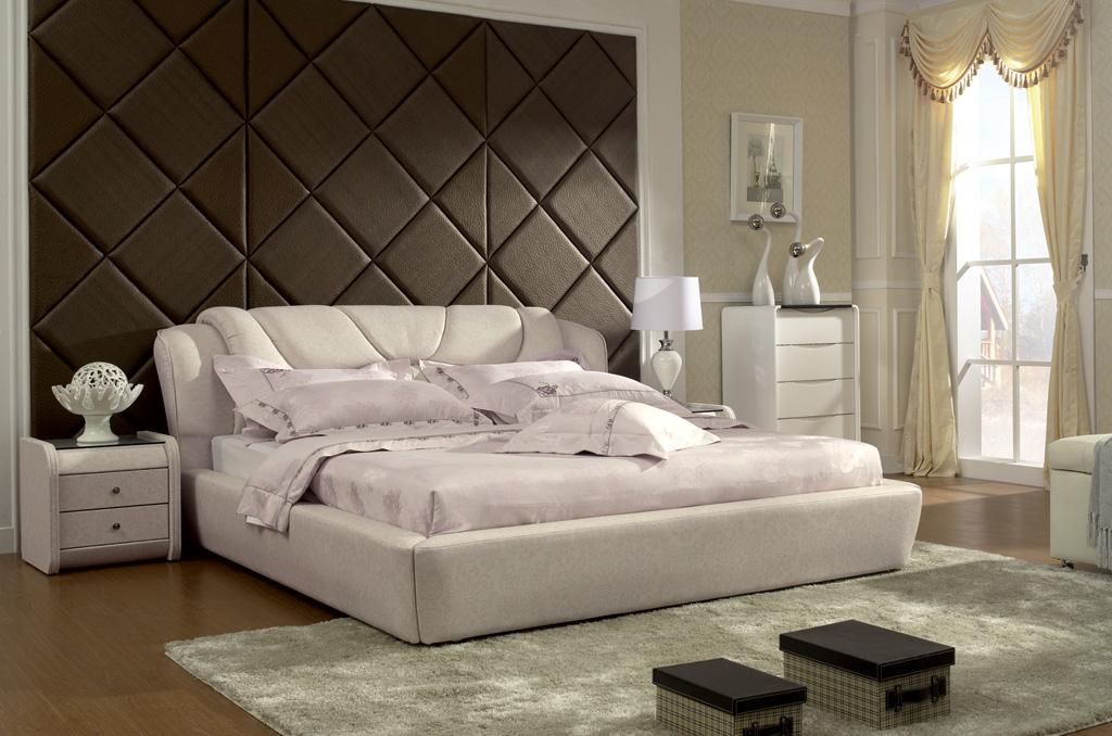 Кровать кожаная