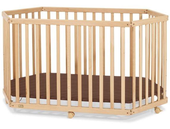 Кровать-манеж на основе дерева