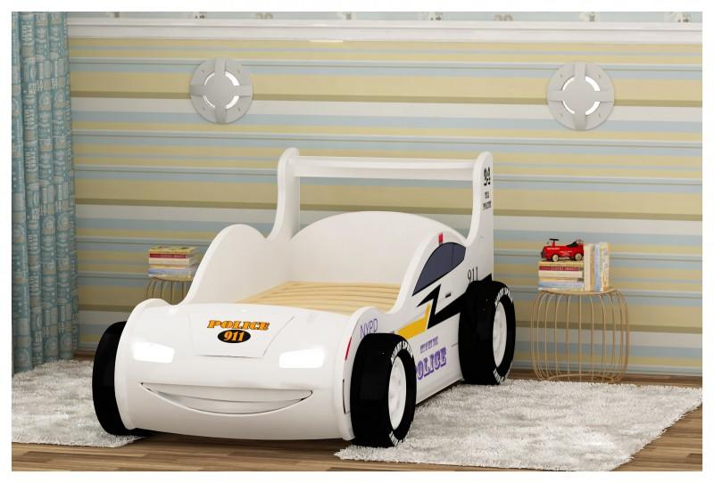 Кровать-машинка соответствует всем требованиям