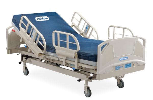 Кровать с практичными механизмами