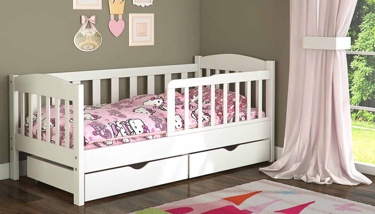 Как практично обустроить комнату ребенка