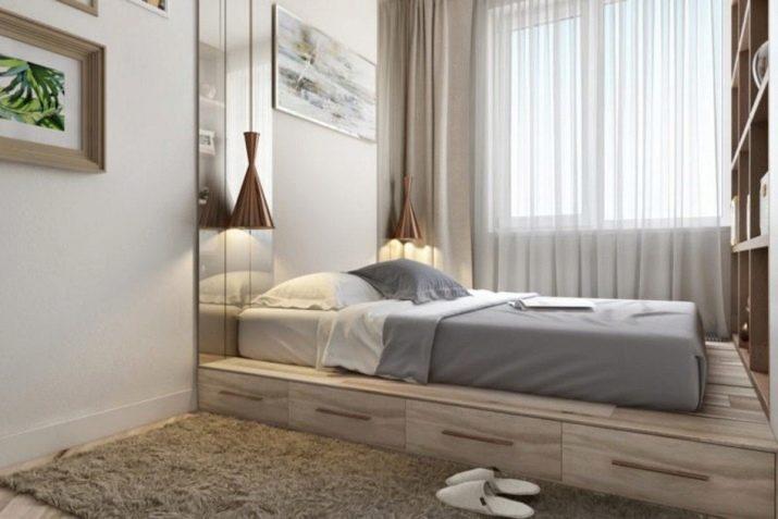 Кровать устанавливается наверх подиума