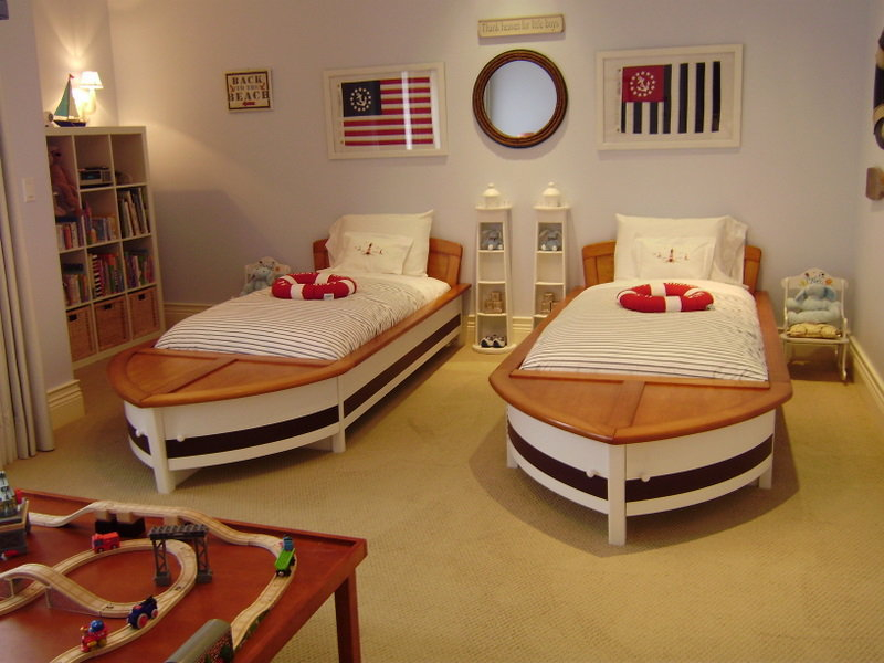 Кровати-корабли для детей