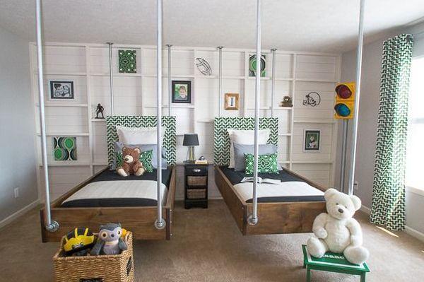 Кровати подвесного типа в интерьере детской комнаты