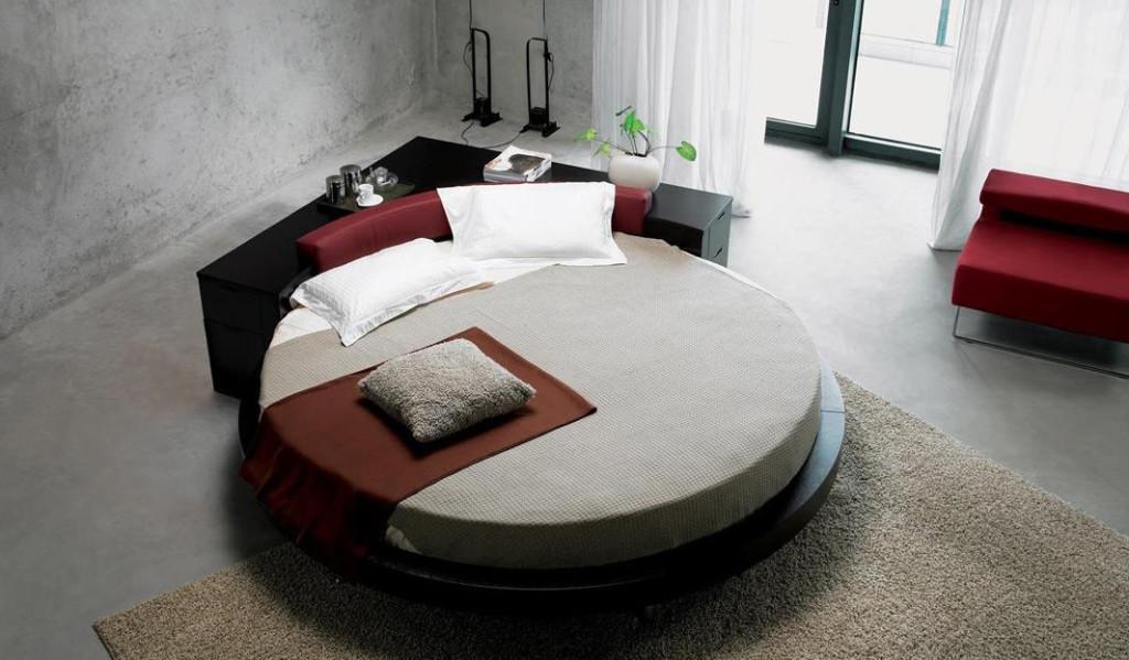 Круглая кровать – важный элемент