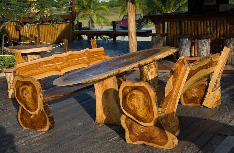 Мебель для сада из бревна