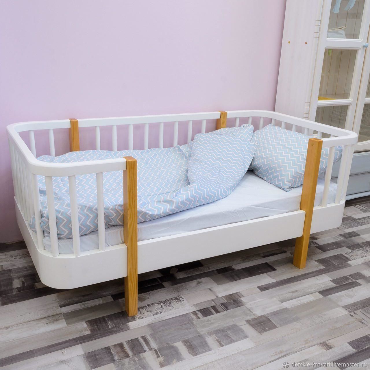 Мебель ручной работы для ребенка