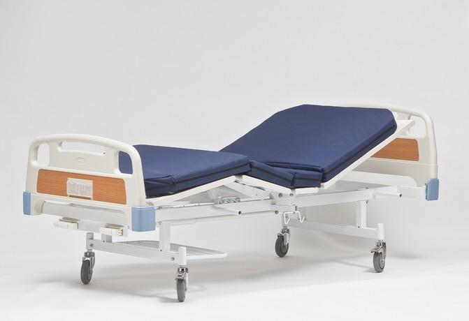 Медицинские кровати на колесиках для палаты больного