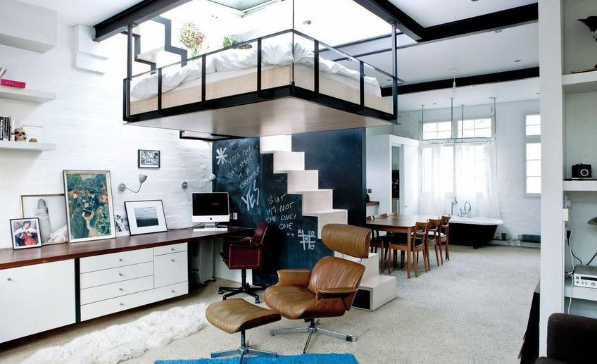 Монтаж спального места к потолку