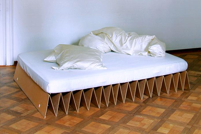 Основание кровати на основе картона