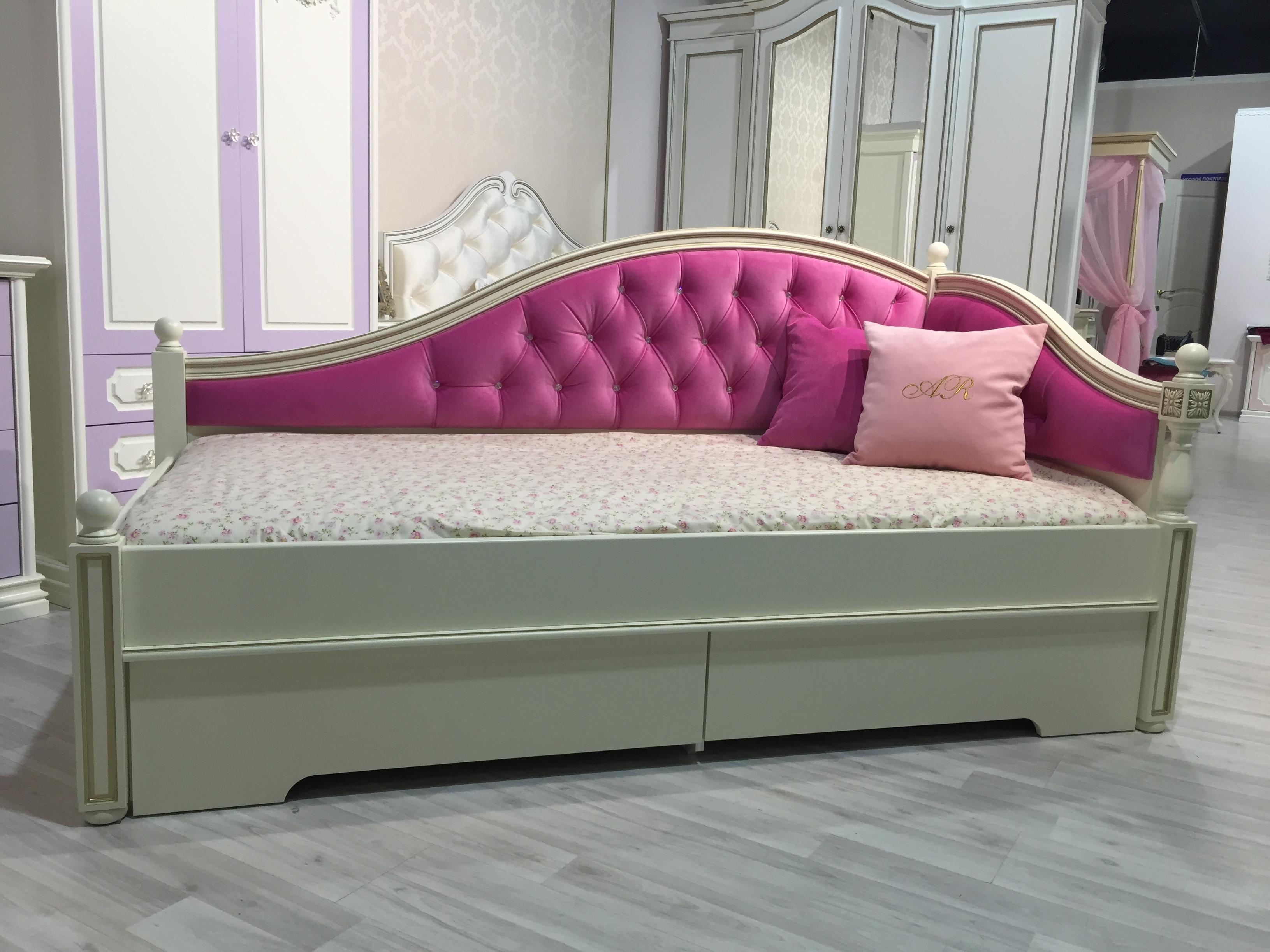 Особенности выбора мягкой мебели для ребенка