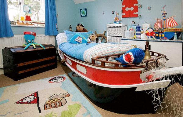Пиратский корабль в детской