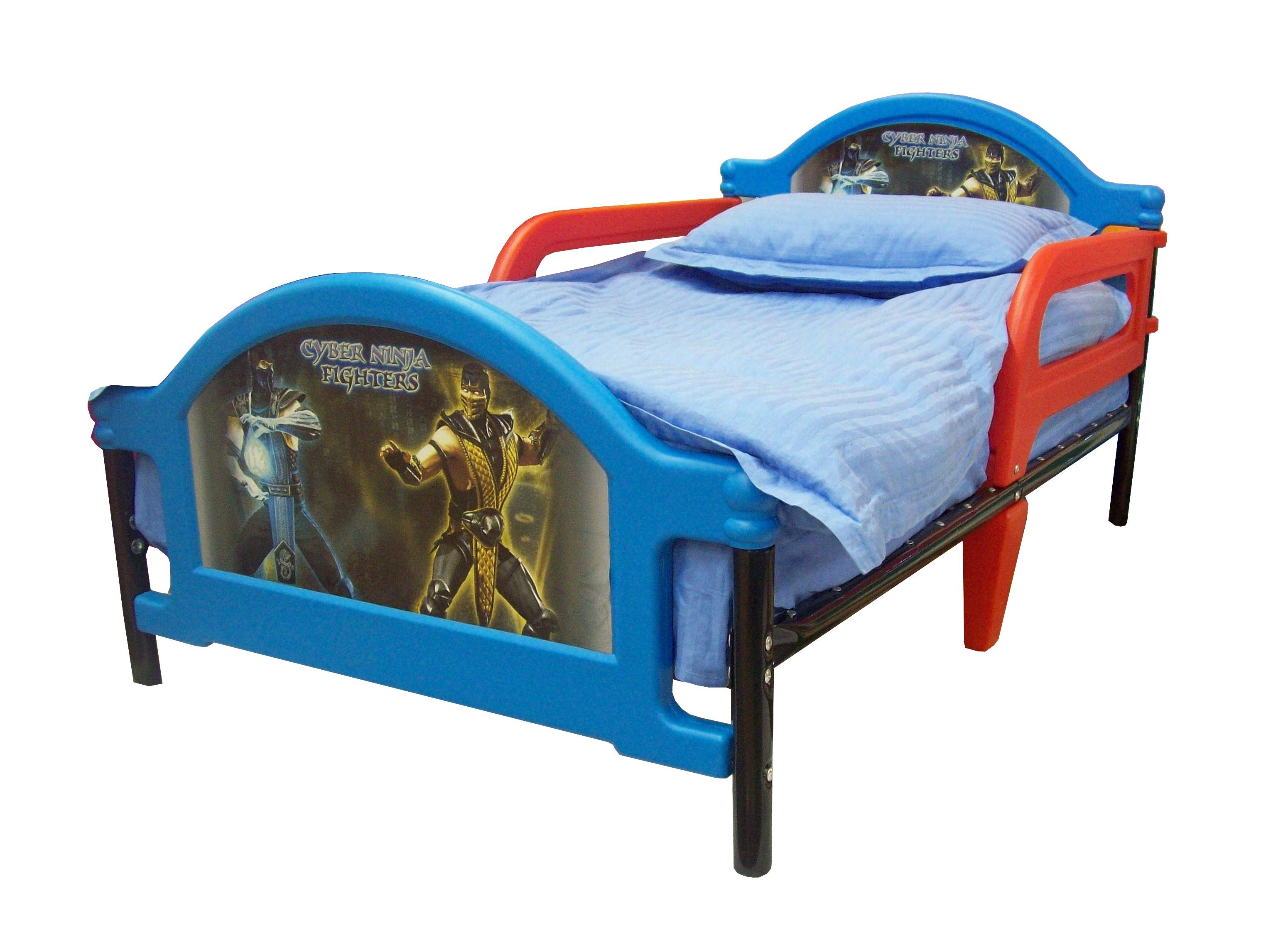 Пластиковые кровати с бортиками для ребенка