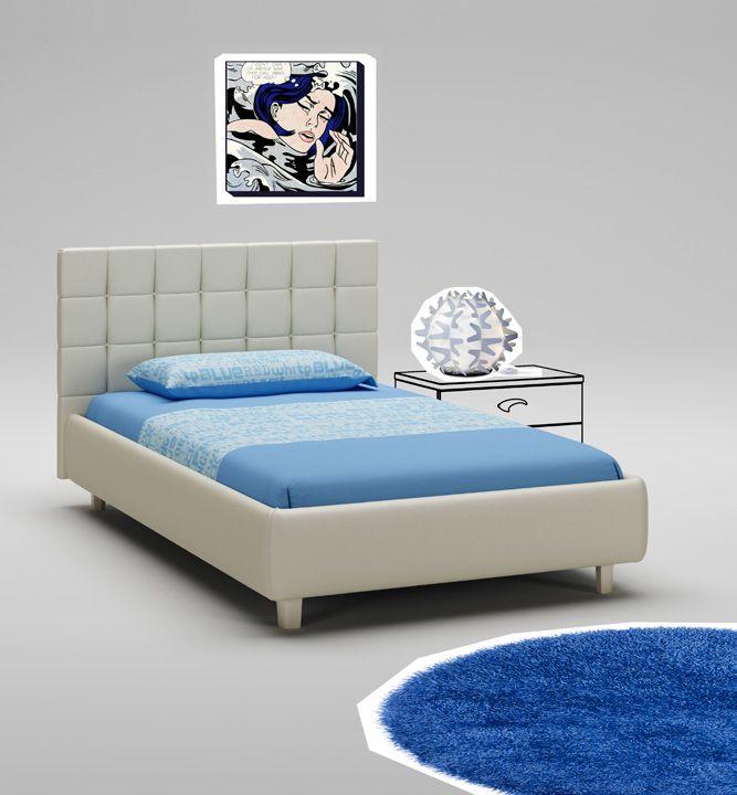 Полуторная кровать для тинейджера цвета слоновой кости с высоким изголовьем
