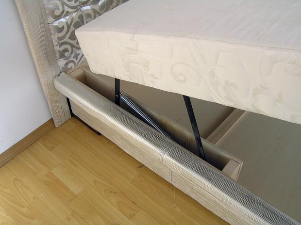 Правильно поднимаем каркас спального ложе