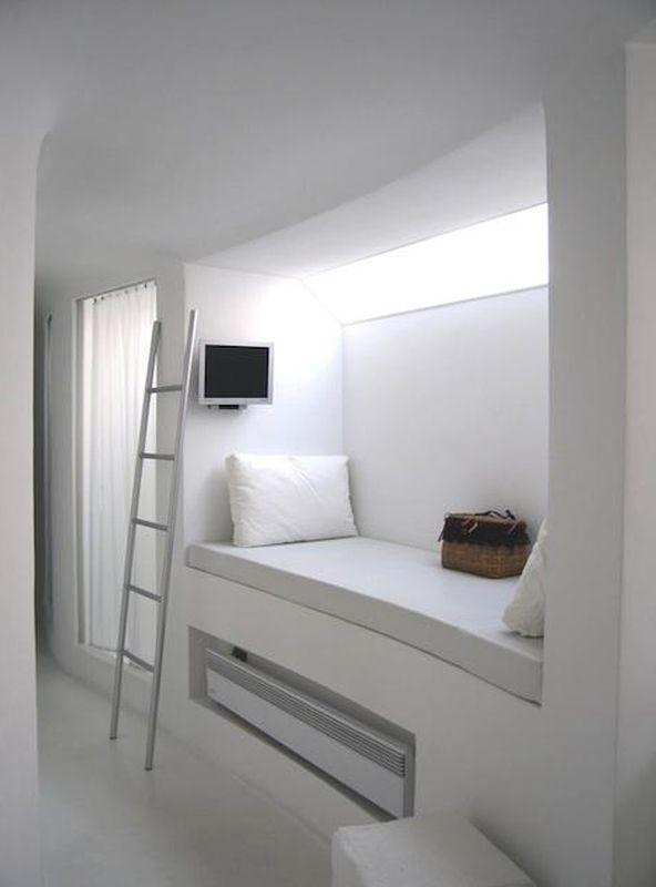 Применение двухъярусных кроватей в интерьере комнаты