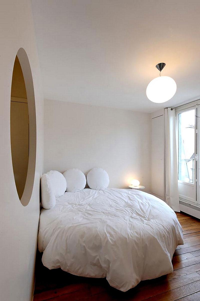Размещение мебели в углу спальни