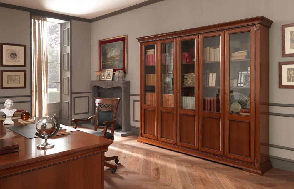 Шкаф для рабочего кабинета