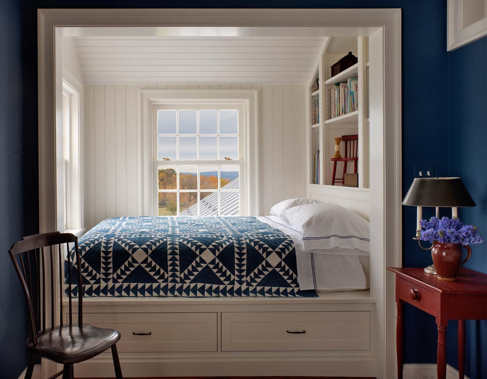 Синие оттенки мебели для сна