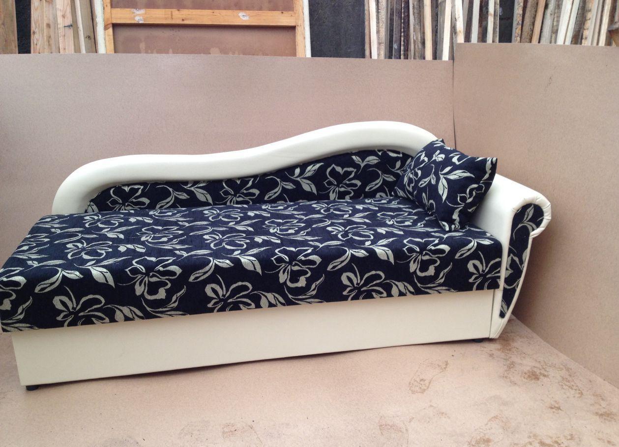 Синий цвет дивана