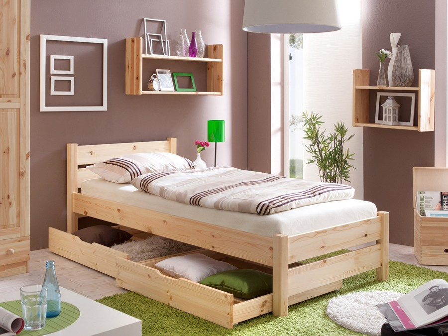 Спальное место на основе натурального дерева