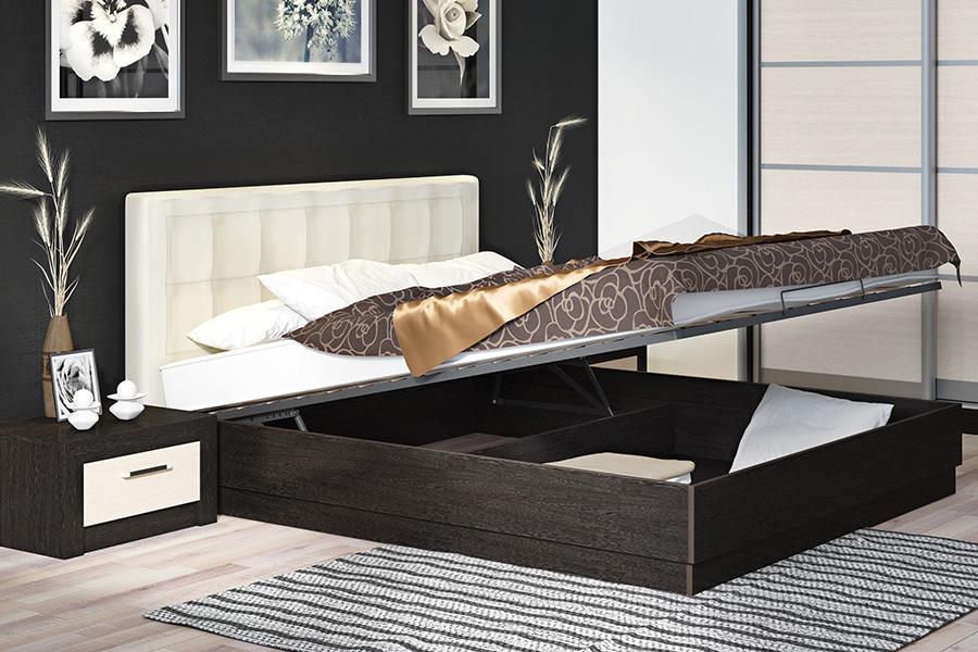 Спальное место с подъемным механизмом