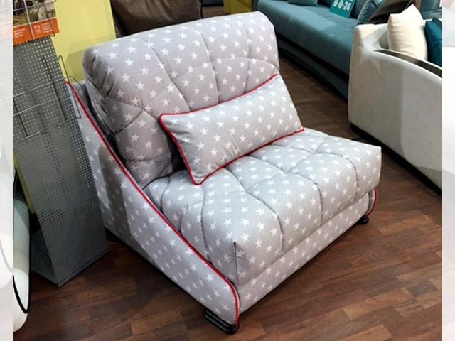 Светлый розовый оттенок дивана-кровати