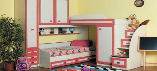 Угловая двухъярусная современная кровать