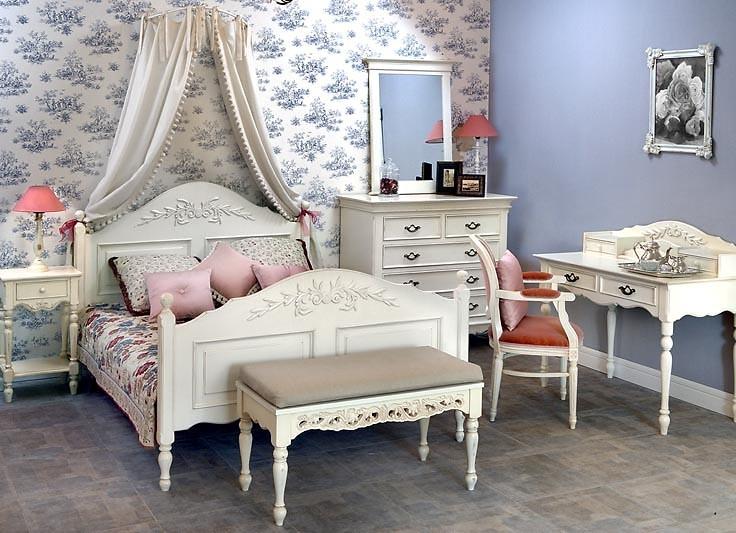 Уютный дизайн стиля прованс в спальне