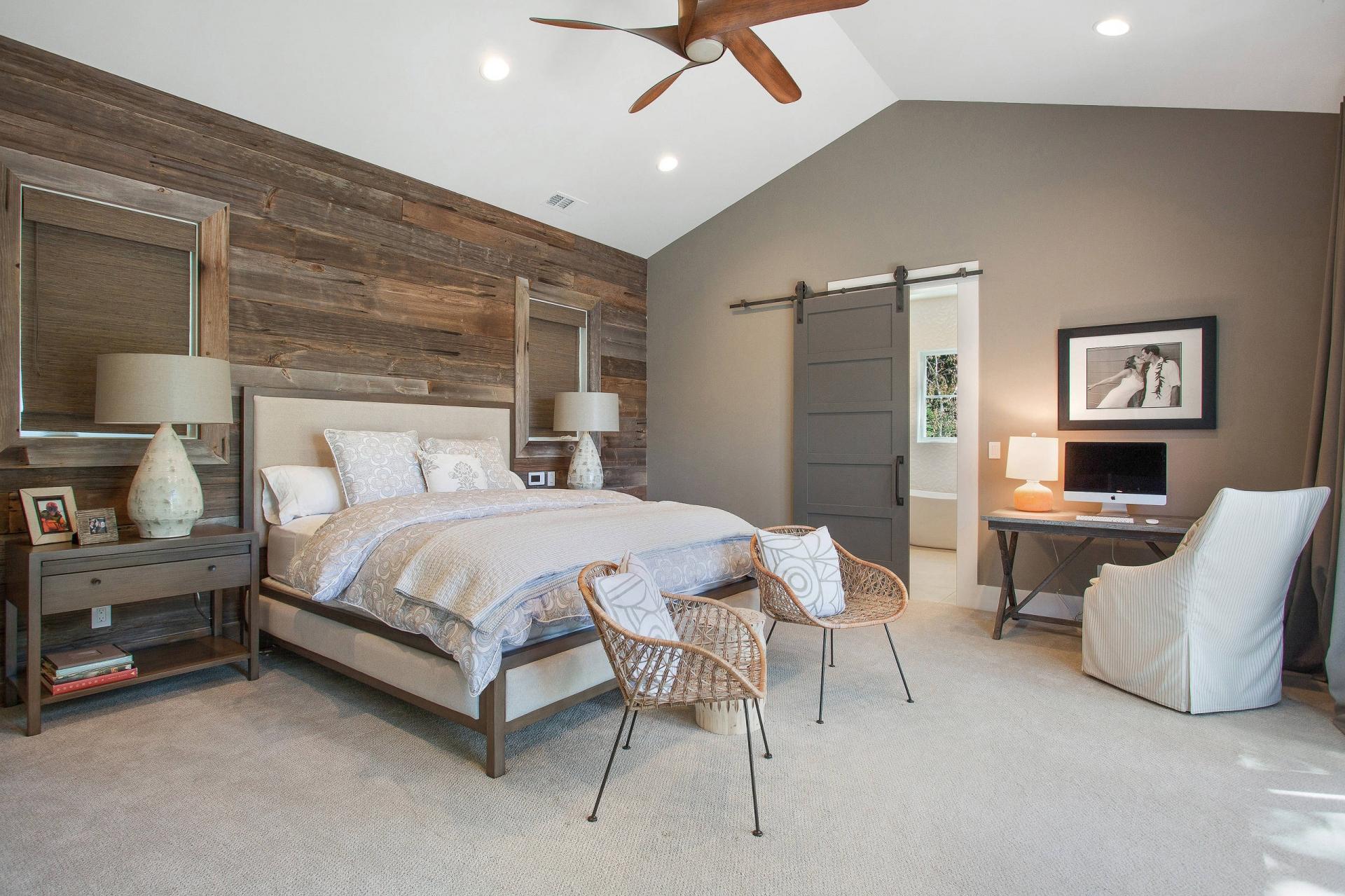 Уютный интерьер комнаты в скандинаском стиле