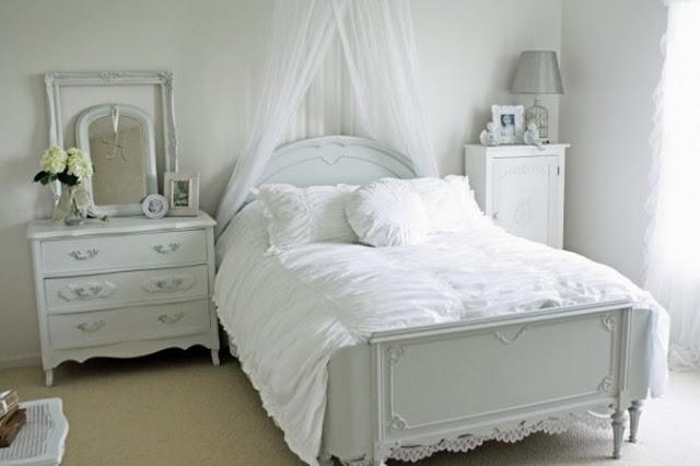 Величественный стиль прованс в спальне