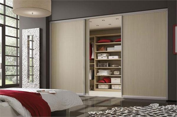 Встроенный современный шкаф для дома