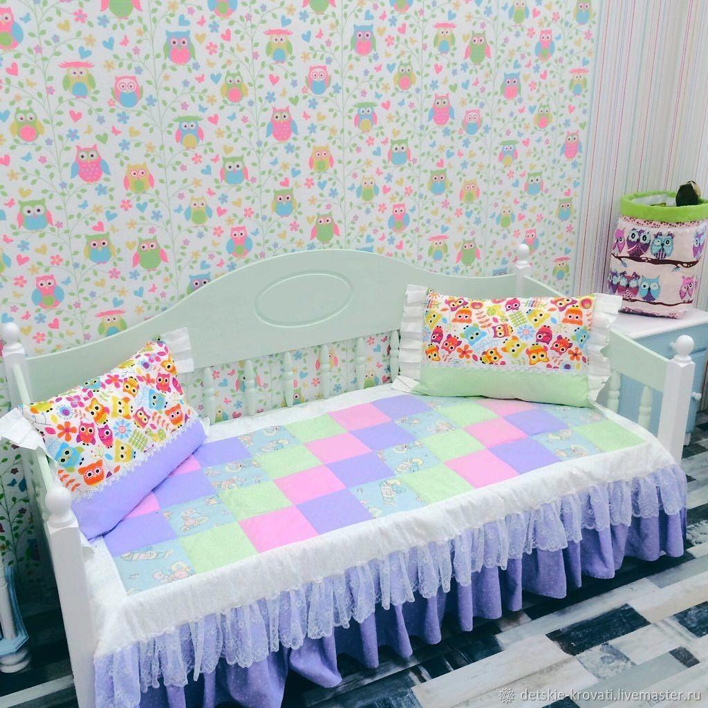 Яркие оттенки в спальне