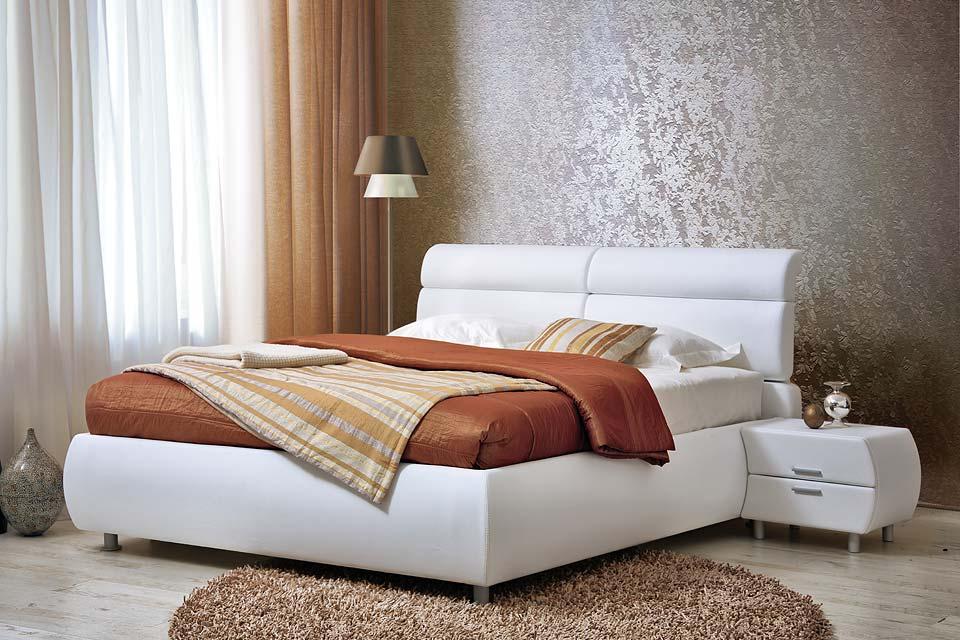 Белая кожаная кровать и ее особенности