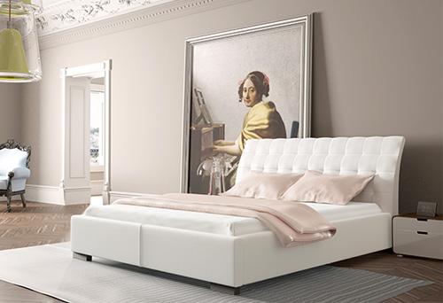Белая лакированная кровать с мягкими основаниями