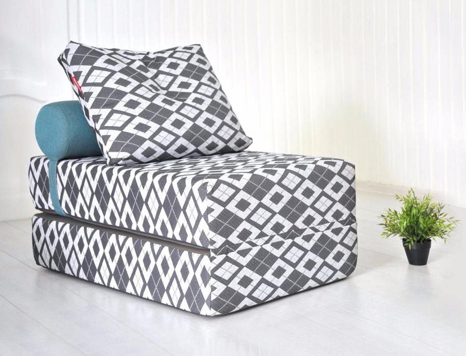 Бескаркасное кресло-кровать