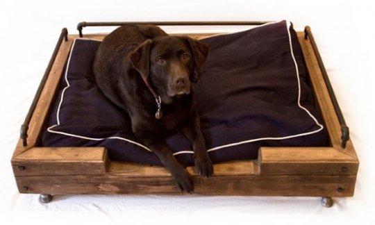 Деревянные элементы для сна собаки