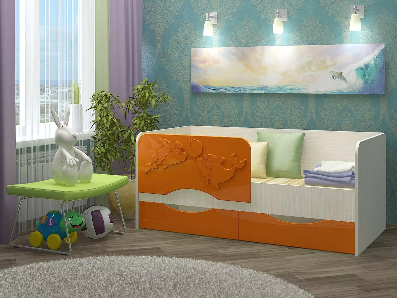 Детская кровать с оригинальными бортиками