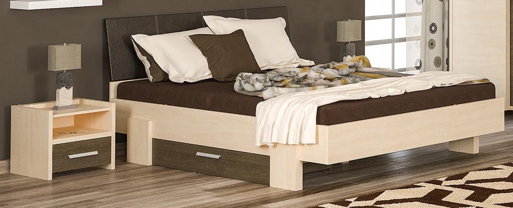 Дизайн кровати кантри