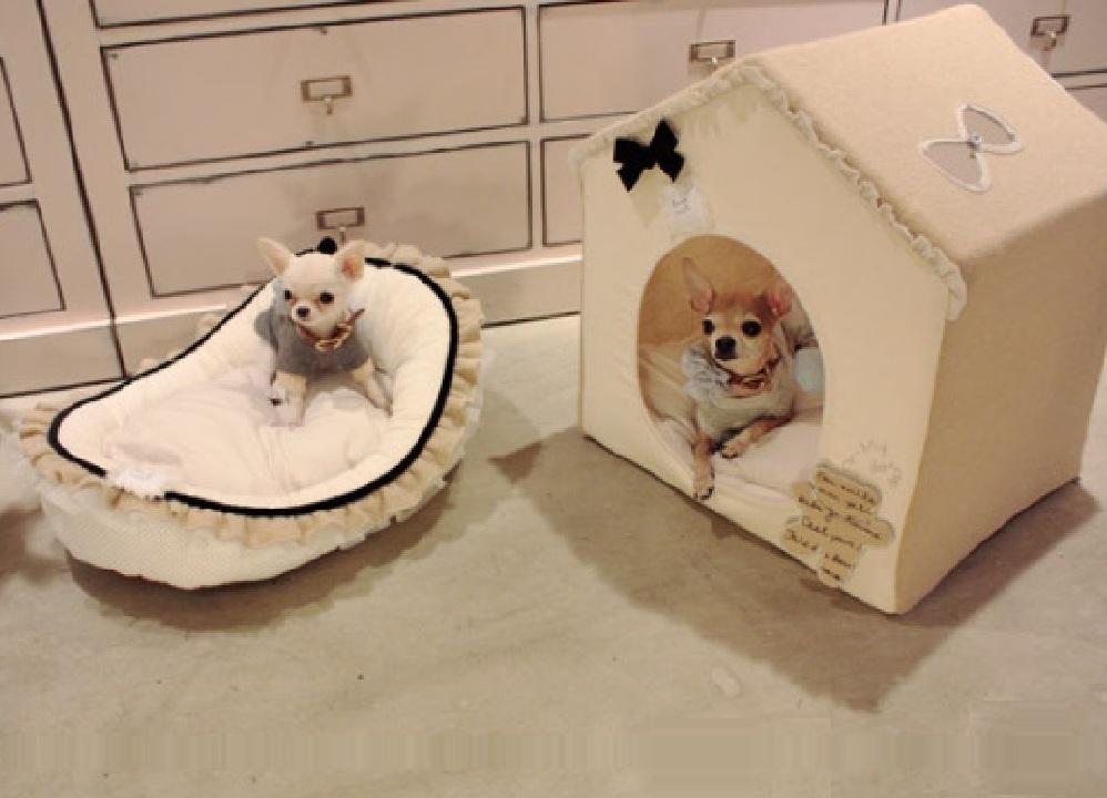 Домик с кроватью для маленькой собаки