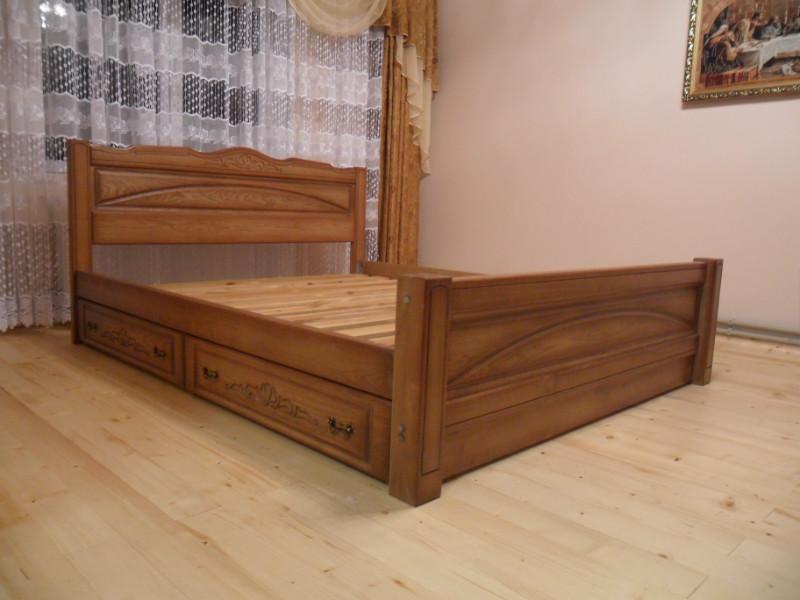 Дубовая кровать