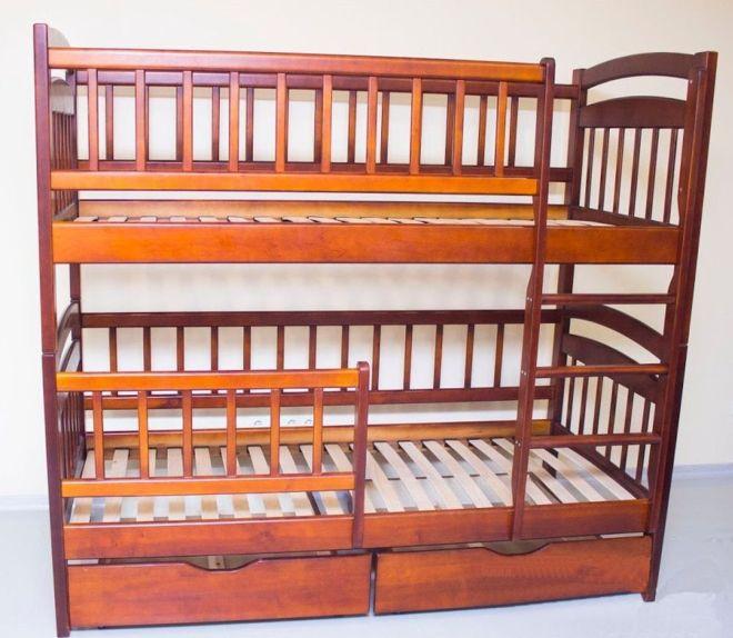 Двухярусная детская кровать из массива дерева