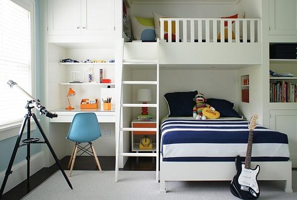 Двухъярусная кровать-чердак небольших размеров