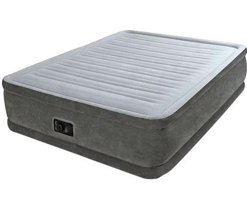 Двуспальная высокая серая кровать
