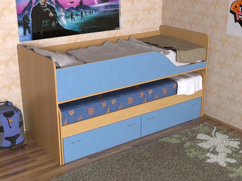 Голубая красивая кровать