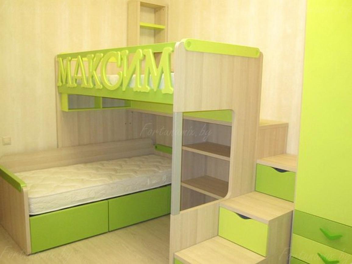 Именная кровать зеленого цвета