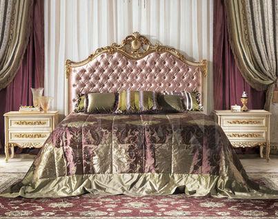 Итальянские розовые кровати двуспальные