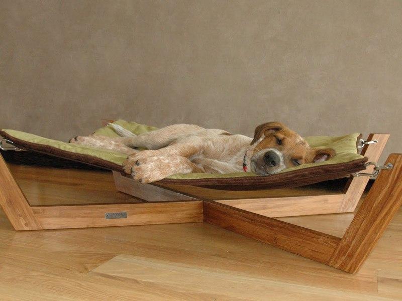 Из каких материалов изготавливаются лежаки для собак