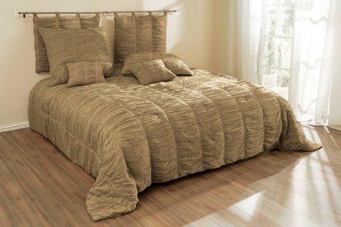 Как оформить кровать